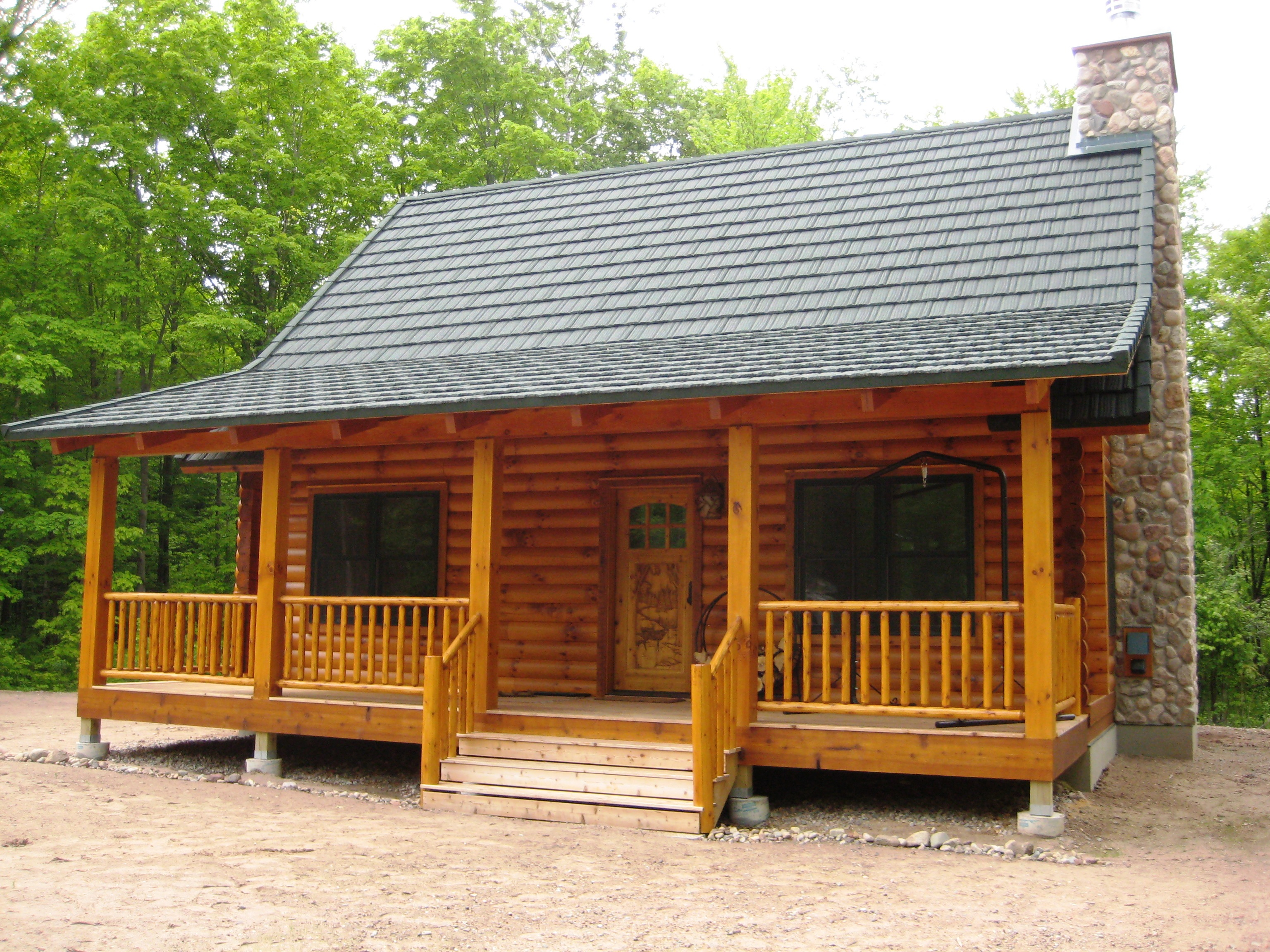 this is a finished strongwood log home built in northern wis